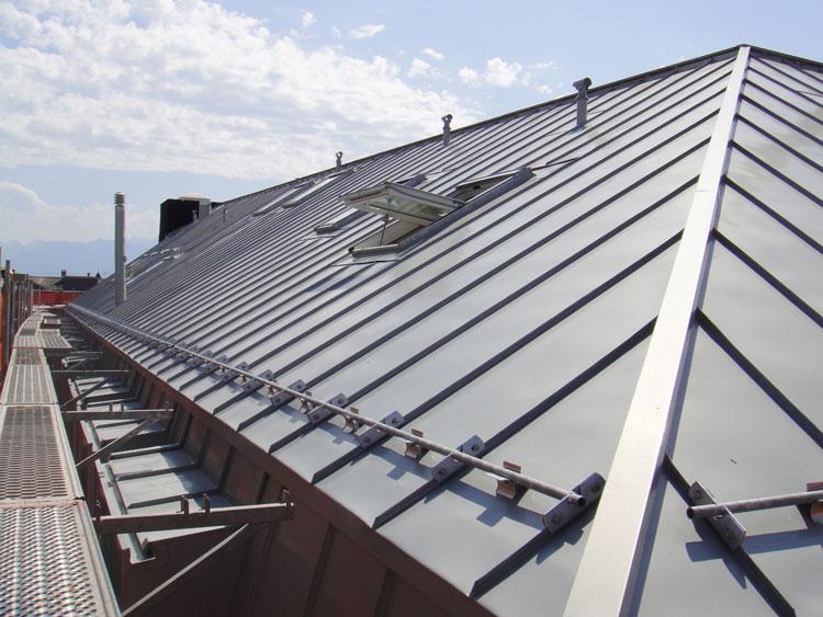 Activit s de muller toitures ferblanterie et ferblanterie for Ornement de toiture en zinc